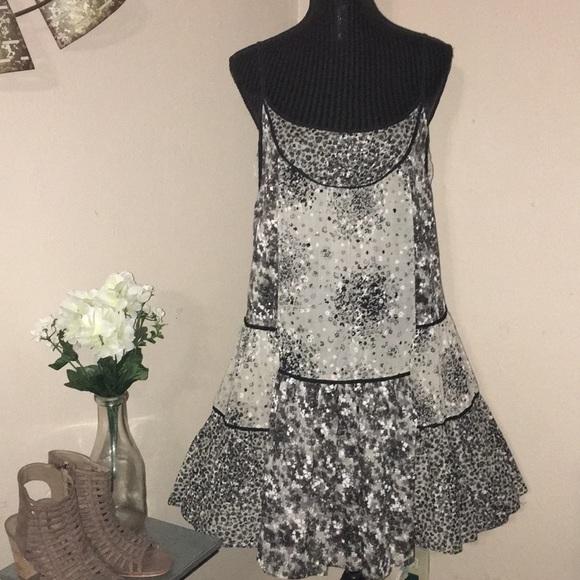 Zara Dresses & Skirts - Zara floral mini dress